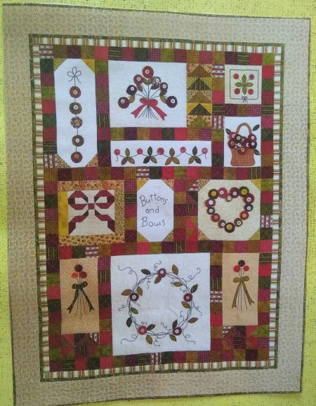 Buttons and bows quilt